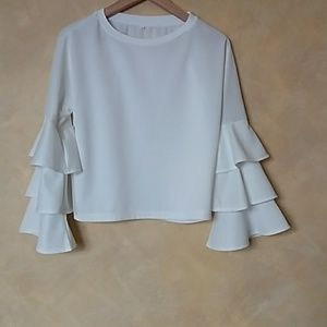 Tops - white top blouse tiered ruffle sleeve size small